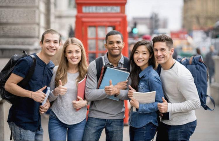 イギリスの留学生 国際交流(写真)UK留学情報センター