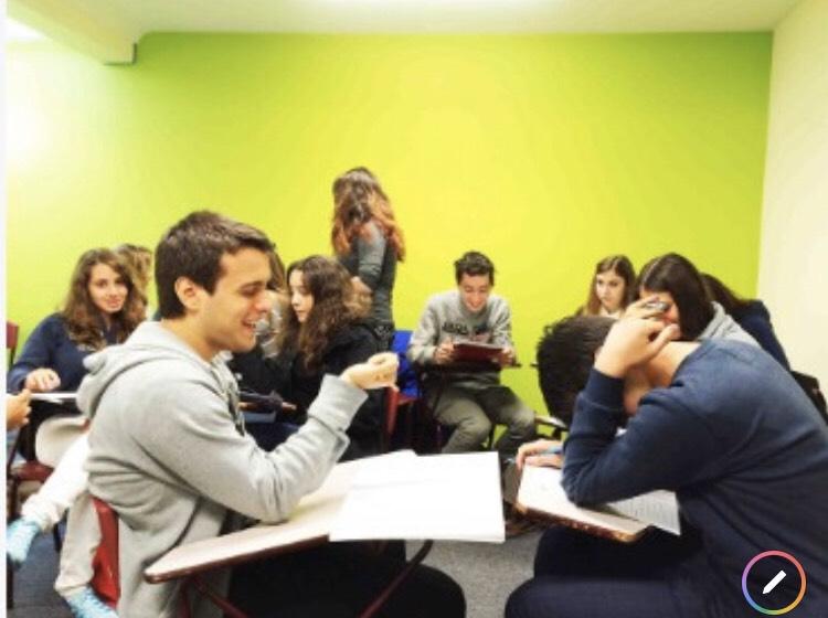語学学校での授業